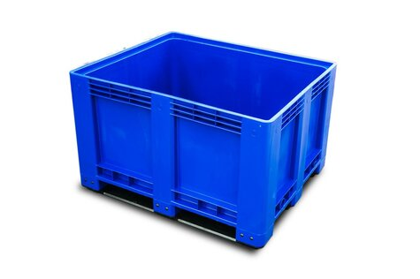 Big-Box 1200 x 1000 mm closed version with 3 skids blue