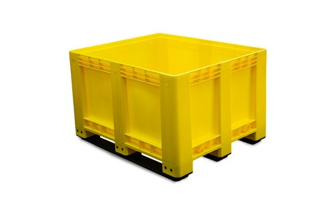 Big-Box 1200 x 1000 mm closed version with 3 skids yellow